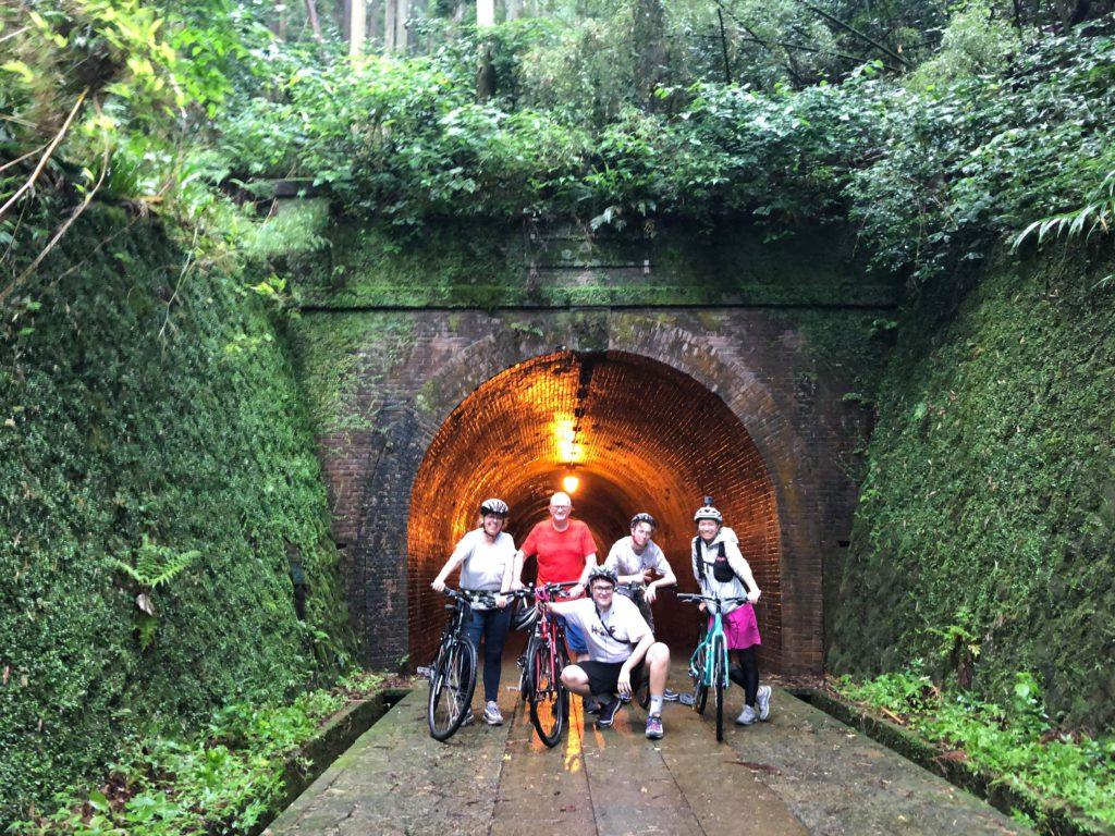 meiji tunnel
